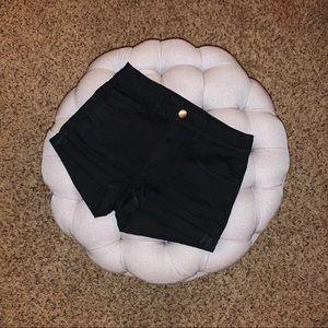 AEO | hi-rise denim shorts never worn!